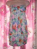 BNWT Beautiful New Look Ladies Size 8 UK (36EU) Flower top *Summer*