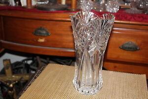 Large-Brilliant-Cut-Glass-Vase-Pinwheels-Stars-Thick-Heavy-Glass-Vase