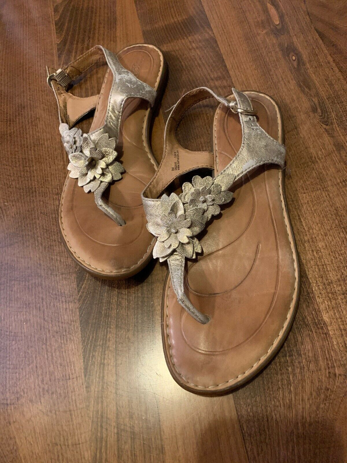 Born Women's Sandals Size 9M gold Flowers