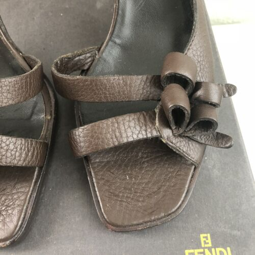 Brown Bow Schuh Offener Box Leather Absatz Fendi D'orsay Pebble 39 qIdFIwB