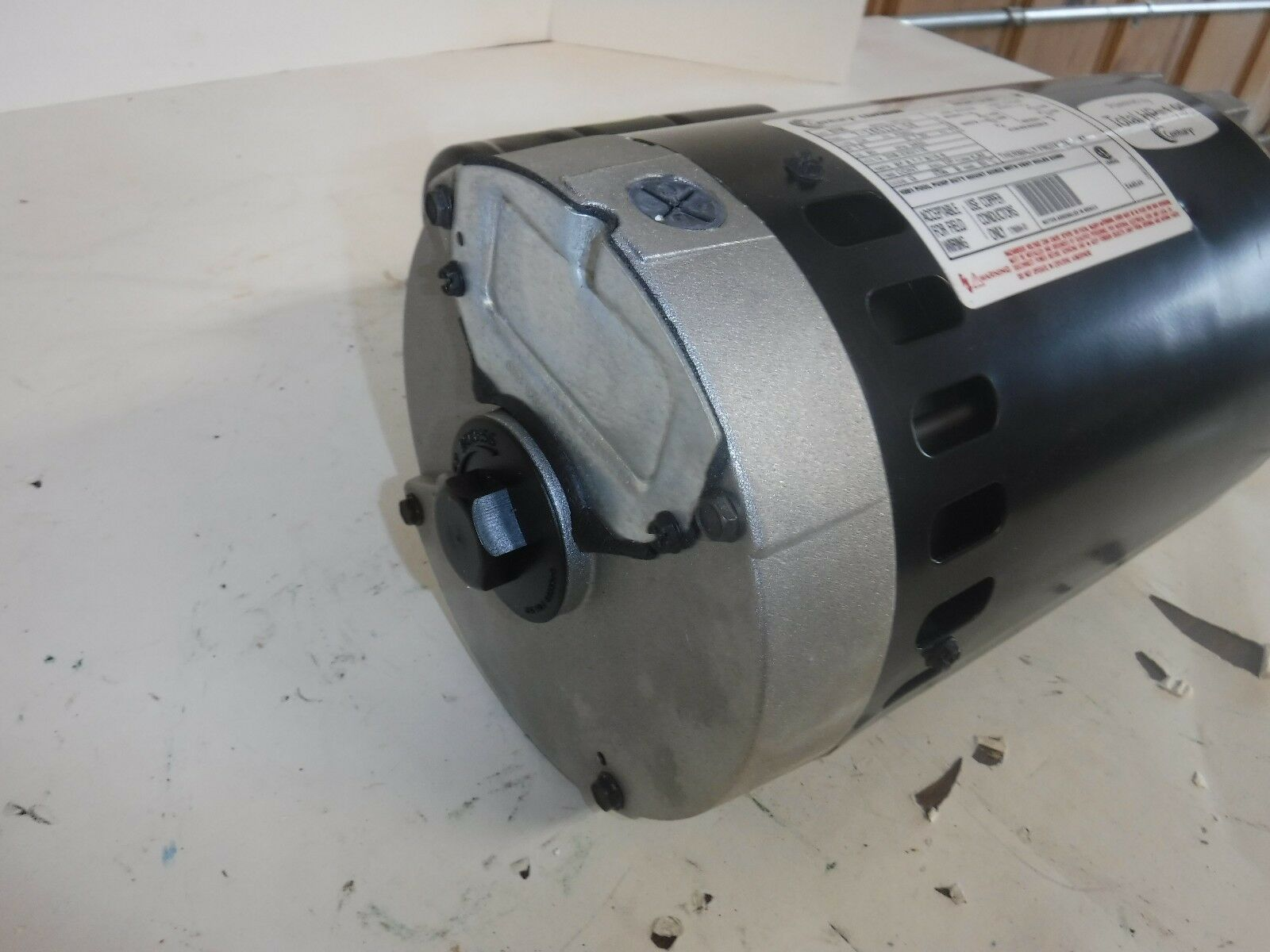 NEW 1-1/2 HP Pool and and and Spa Pump Motor, Permanent Split Capacitor (T) 86e546