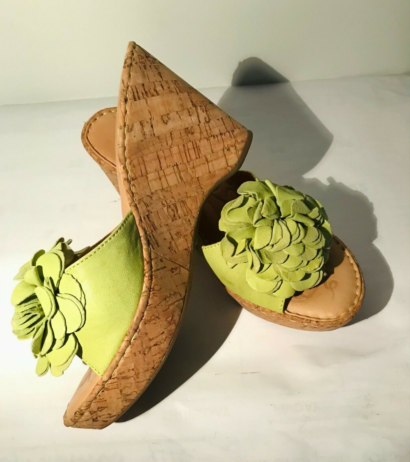 Born Leather wedge Light Green Sandals w/flower d… - image 3
