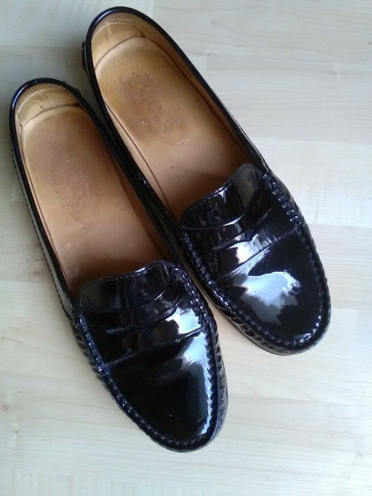 Tods Schuhe Lack Schuhe Tods Gr 39 in schwarz d7eb71