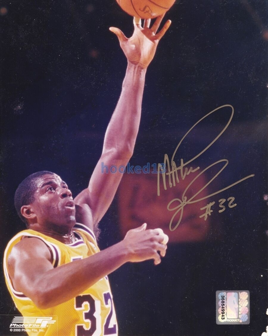 Signed Earvin Magic Johnson Los Angeles Lakers Autograph 8x10 Photo w COA