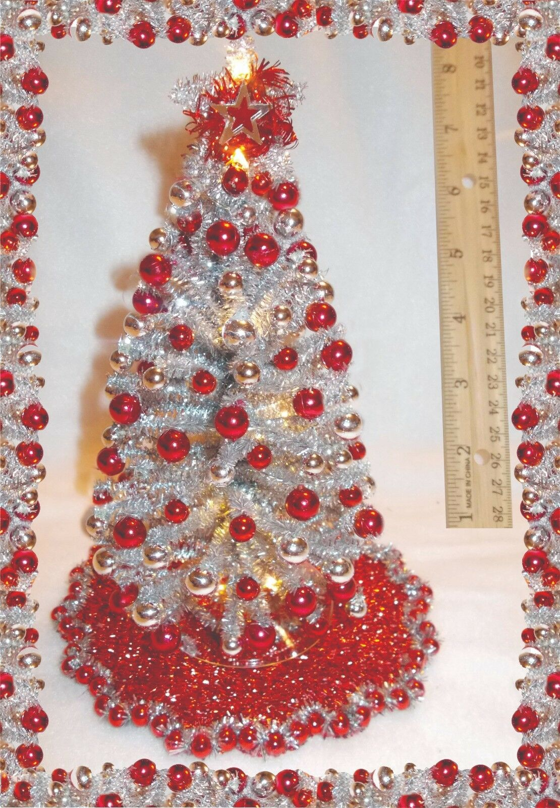 NEW 1 12 OOAK 8 LIGHTED Silber-rot DOLLHOUSE MINIATURE CHRISTMAS TREE +ORNASieTS
