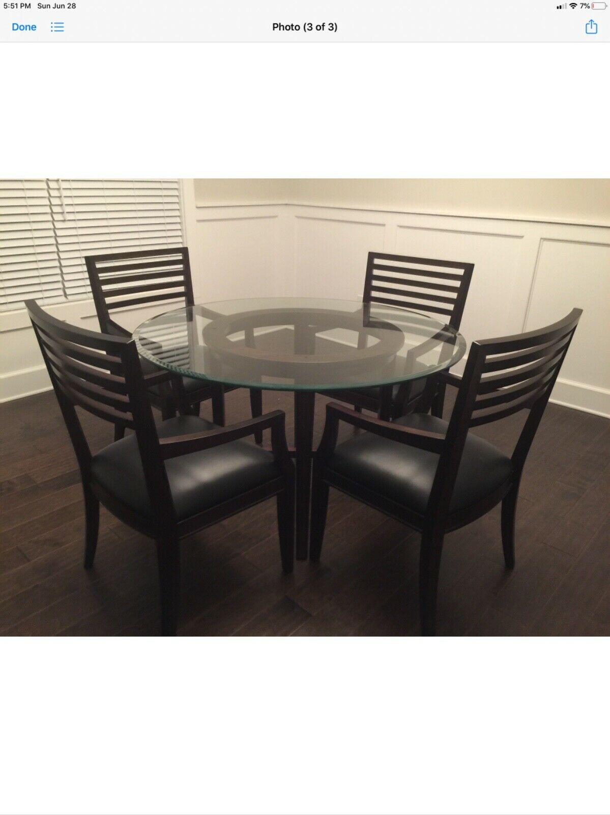 Picture of: Beautiful Dining Set W Round Glass Table Top On Wood Base 4 Matching Chairs For Sale Online