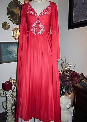 NWT vtg OLGA RED Spandex Formfit Floral Lace Long Nightgown & Peignoir Robe Set