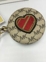 $118 Michael Kors Signature Coin Purse With Heart Us 22