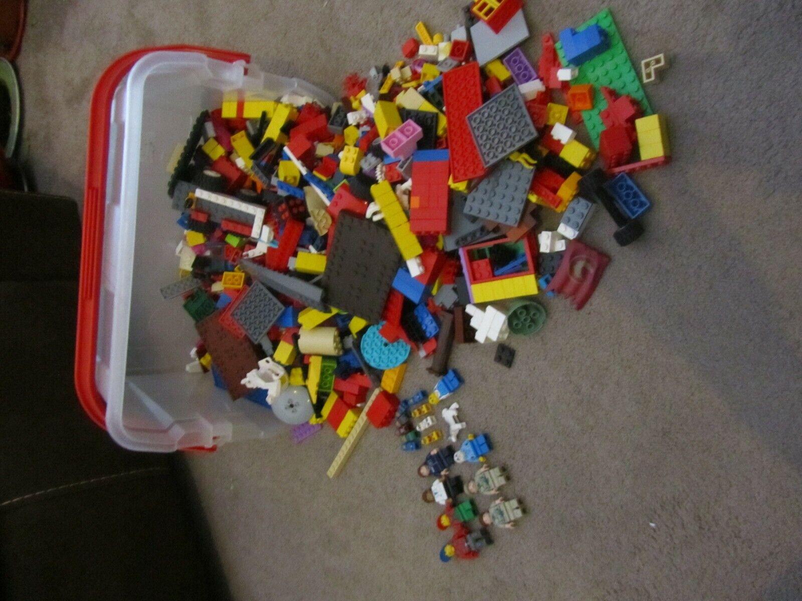 Lego 3KG piezas de Lego y 18 Figuras X