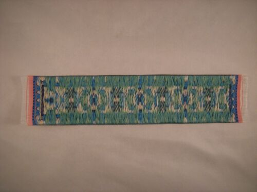 Persian Design Beautiful Woven Carpet Bookmark Dollhouse Runner Rug Decorative
