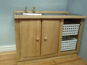 Dolls House Miniatures 1/12 Scale Pine Sink Unit with Baskets DF937 New