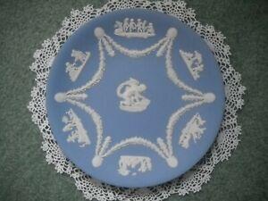 Vintage-Wedgwood-Blue-Jasperware-8-7-8-034-Plate-With-Cupid-Cherubs-Angels-Mint