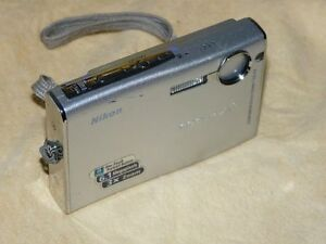 Nikon COOLPIX S9 6.1 MP - Digital Camara - Plateado