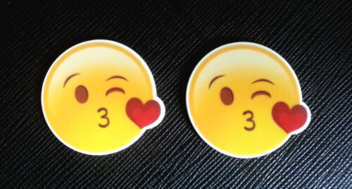 2 x Emoji Mwah Kissing Heart Lips Love Planar Flatback Resin Flat Back Resins