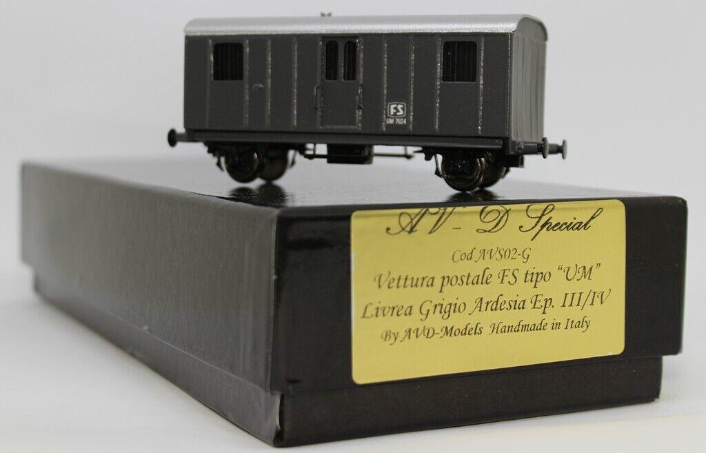 AVS02 G Avd Models HO Carro postale  tipo UM livrea grigio ardesia artigianale