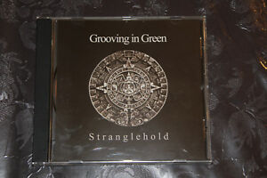 Grooving-in-Green-Stranglehold-Gothic-Rock