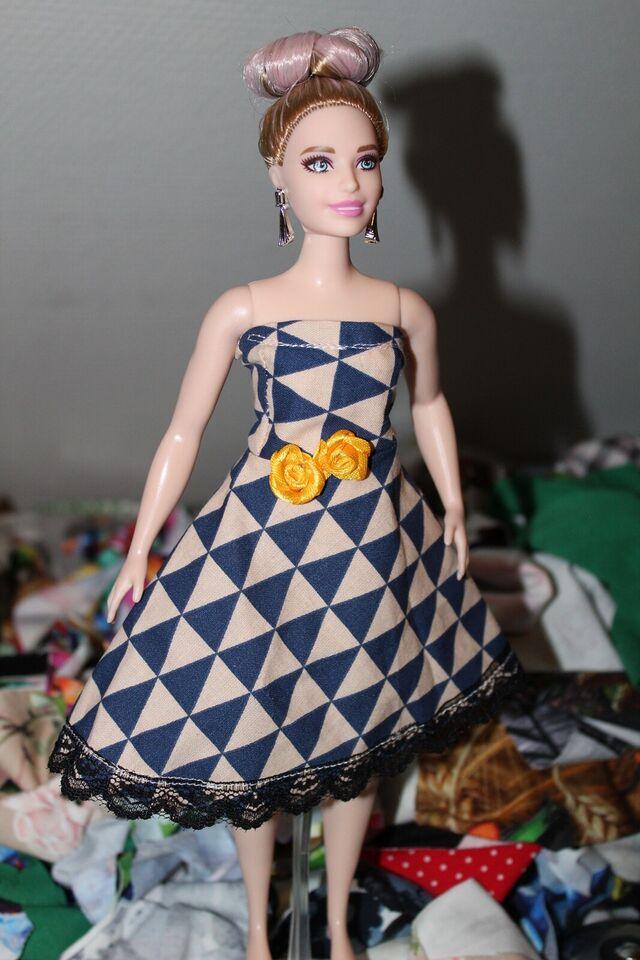 Barbie, Tøj
