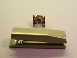 Vintage-Bates-Mfg-181-Almond-Stapler-USA-Works-Great-Safina-Staple-Remover