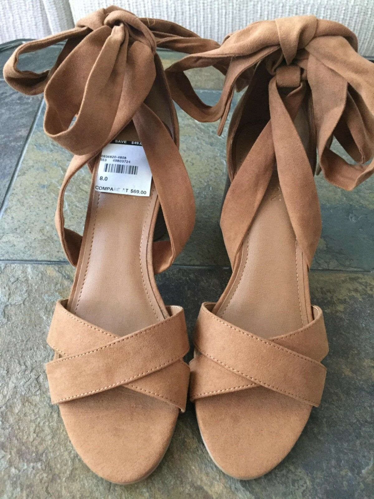 Kenneth Cole Reaction Womens  8 shoes Rita Lita Lace Up Sandal Taupe Microsuede