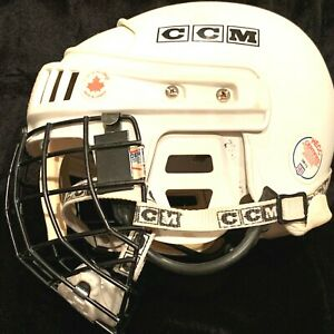 CCM-SM-15-White-Adult-Hockey-Helmet-HECC-Certified-Size-6-3-8-7-Model-B-HK10LU