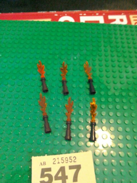 LEGO Lot of 4 Black Minifigure Torch Lantern with Flame Accessories