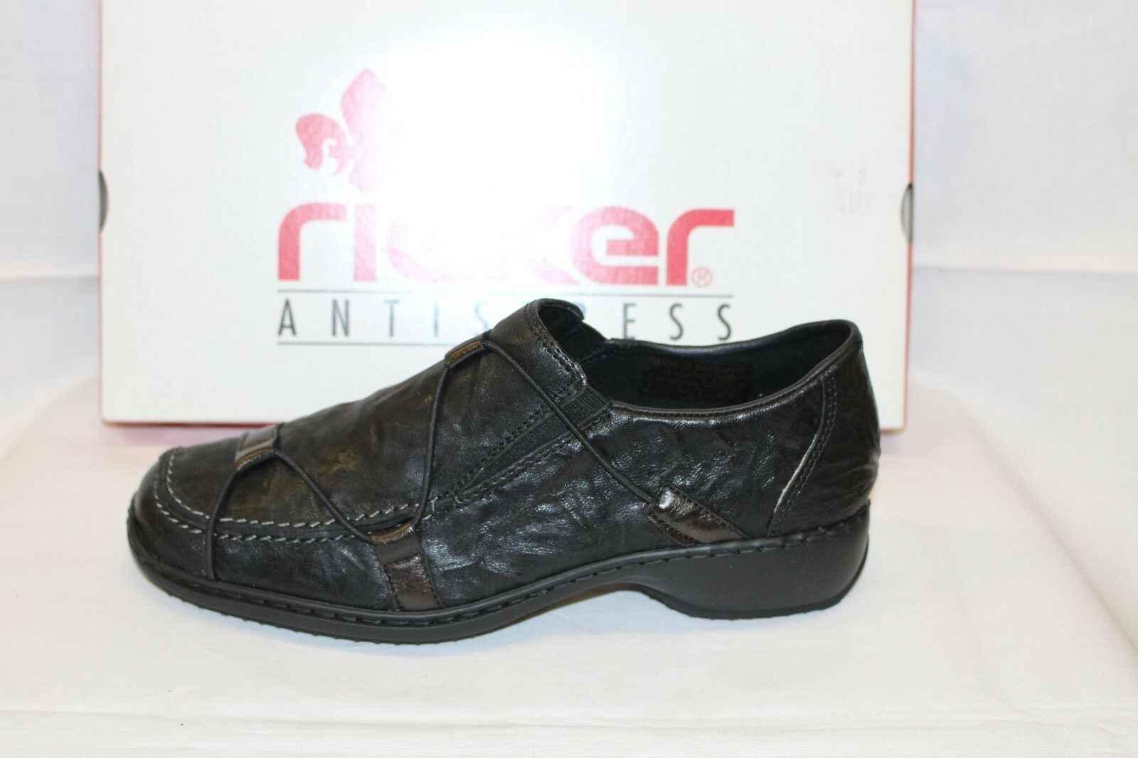 LADIES SHOES/FOOTWEAR -Rieker L3853 black crinkle shoe