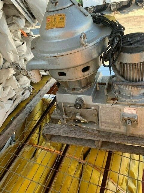 ALFA LAVAL SAUNDERS A4DN 100 PN16 3-1/2IN FLANGED
