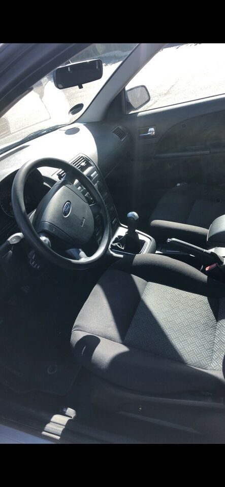 Ford Mondeo, 1,8 110 Ambiente stc., Benzin