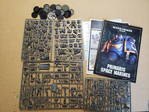 Warhammer-40k-Dark-Imperium-Primaris-Marine-Half