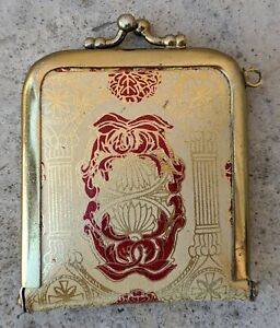 Vintage-Small-Coin-Purse-Kiss-Lock-Gold-with-Red-Tone-Chain-Ring-Metal-Rim