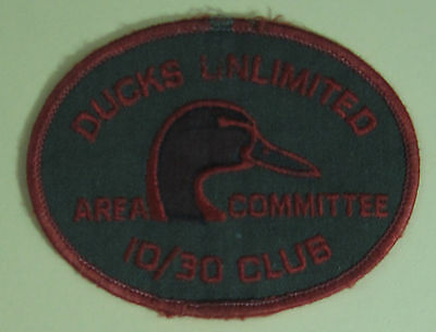 Ducks Unlimited Canada 10//30 Club  Hunting Embroidered Patch