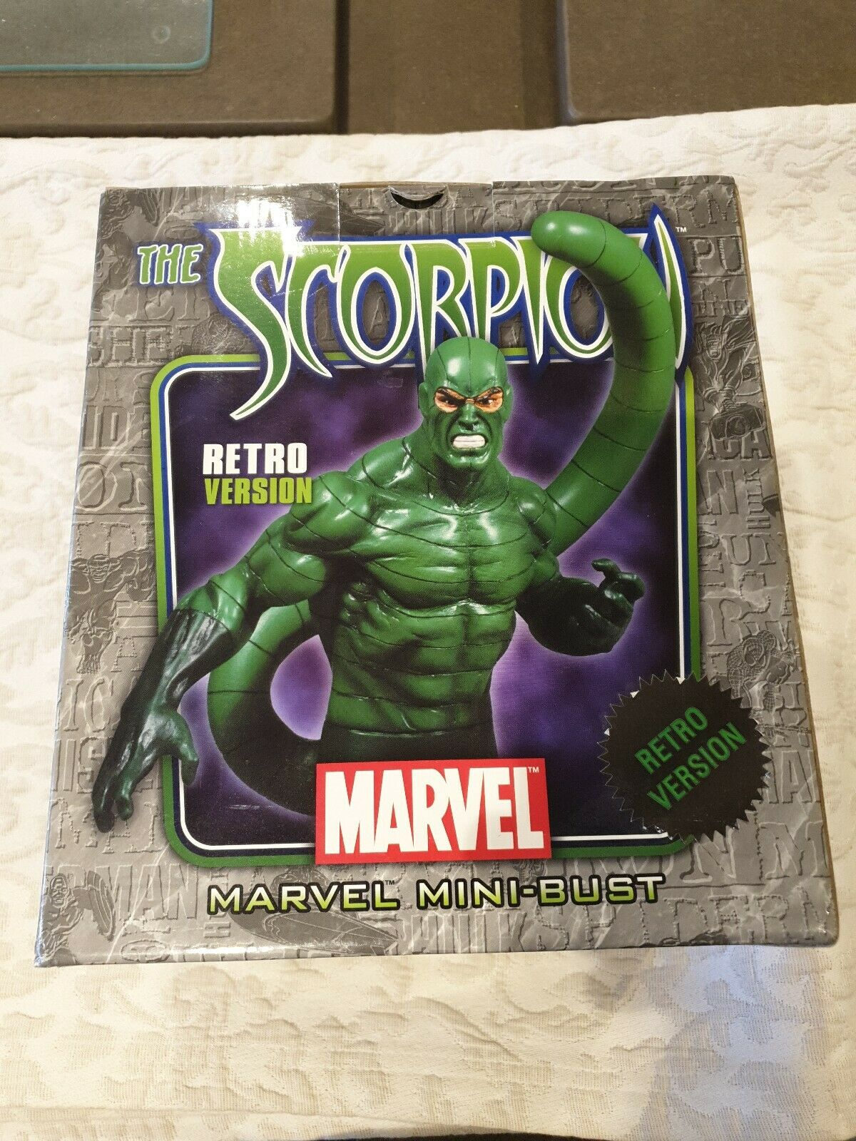 2008 Bowen Designs Marvel Spideruomo SCORPION Retrò versione mini autobusto 06521500