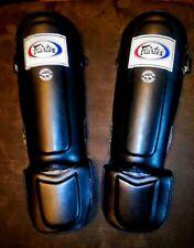 Black Fairtex SP3 Pro Style Shin Guards Blue Red SP3 Black Medium