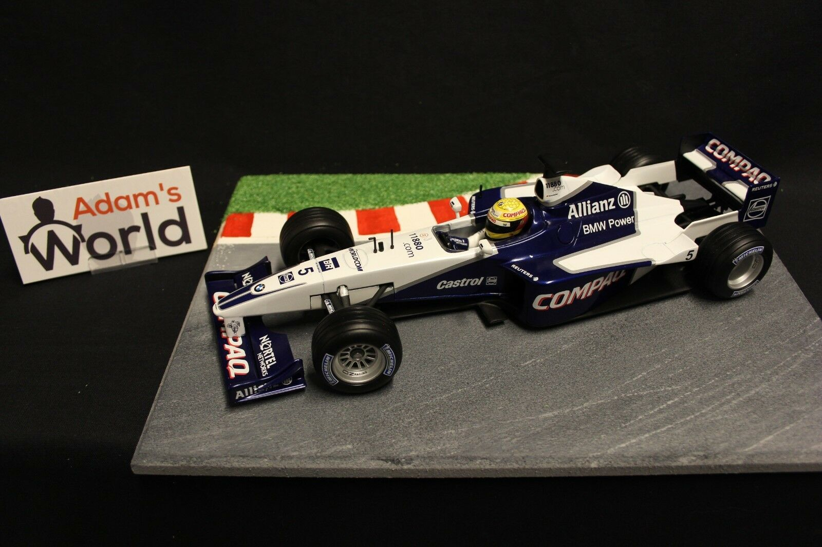 Hot Wheels Williams BMW show car 2001 1 18  5 Ralf Schumacher (GER) (F1NB)