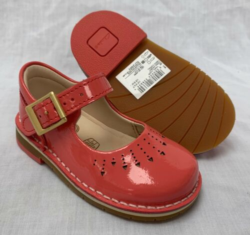 BNIB Clarks Girls Yarn Jump Coral Patent Leather Air Spring First Shoes F//G