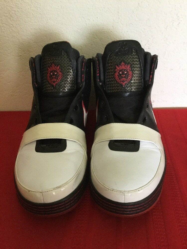 NIKE LeBron James The Six 46526-001 Black white red  Sz 13
