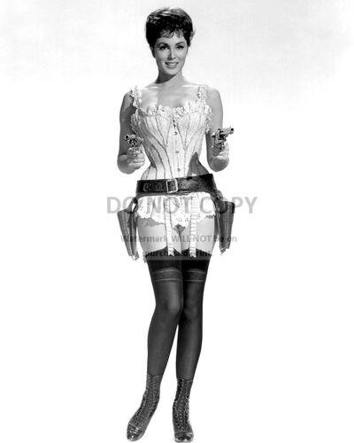 "8X10 PUBLICITY PHOTO CHARLENE HOLT IN THE 1966 FILM /""EL DORADO/"" PIN UP DA978"