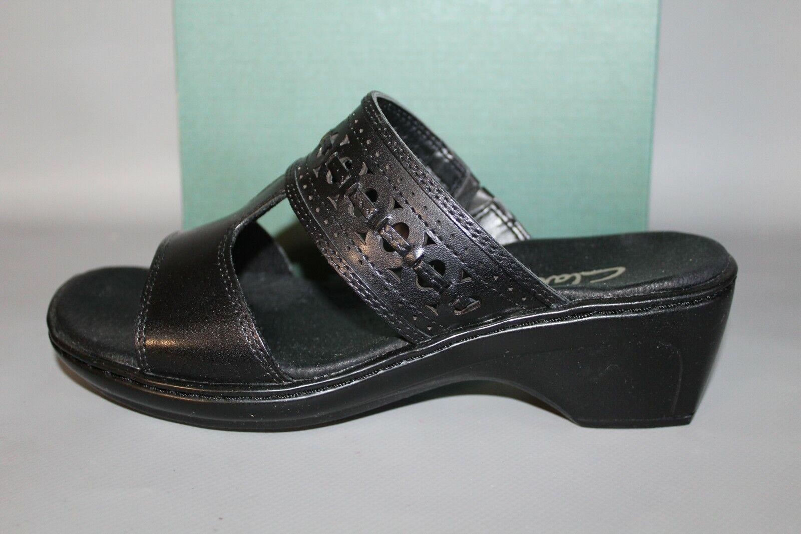 NEW Women's Clarks Dianalyn Black Comfortable Slides