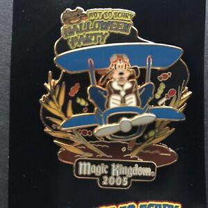 WDW-MNSSHP-2005-Barnstormer-Goofy-Propeller-Spins-LE-2000-Disney-Pin-42172