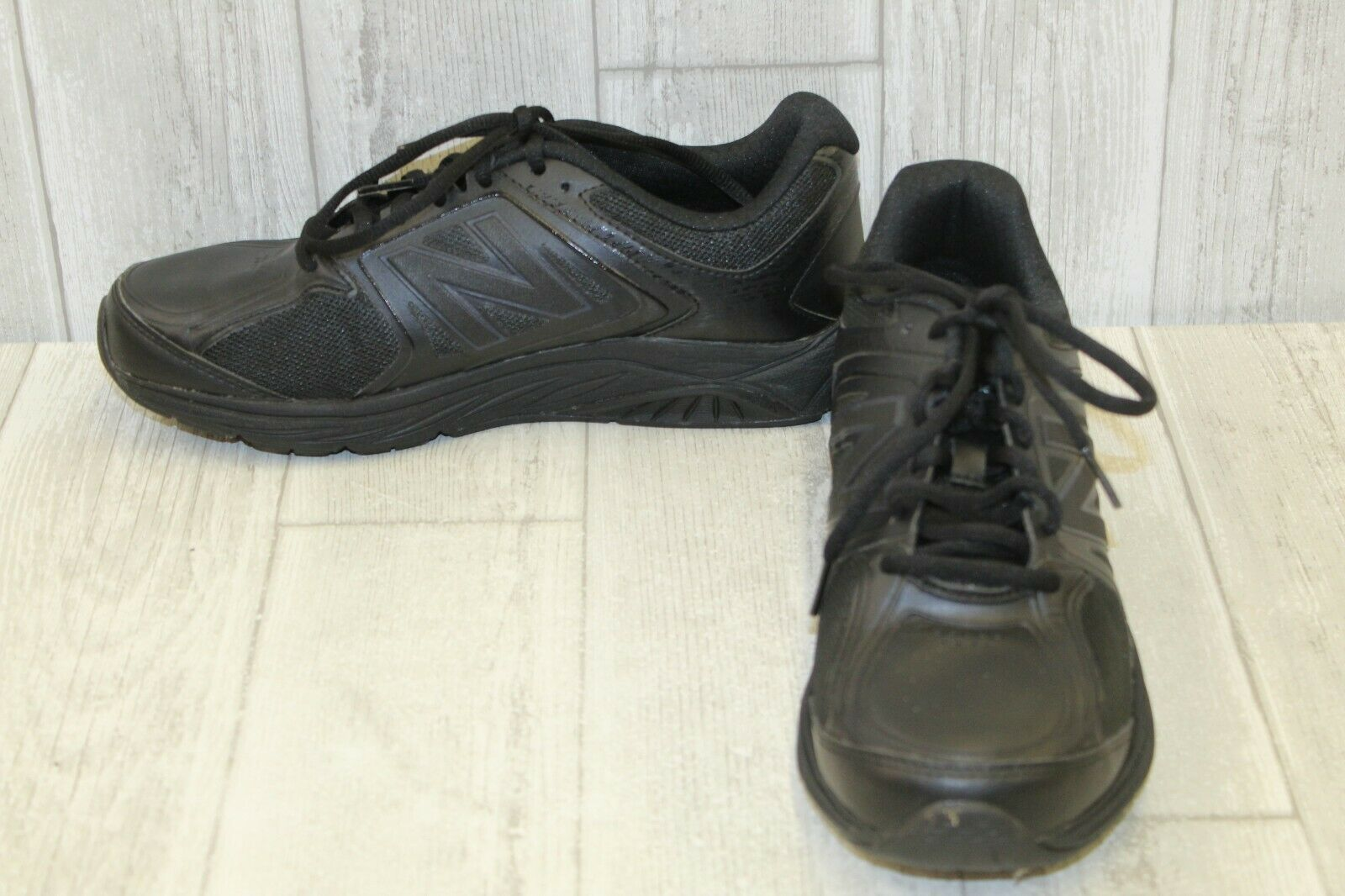 New Balance 847v3 Walking shoes - Women's Size 9B - Black