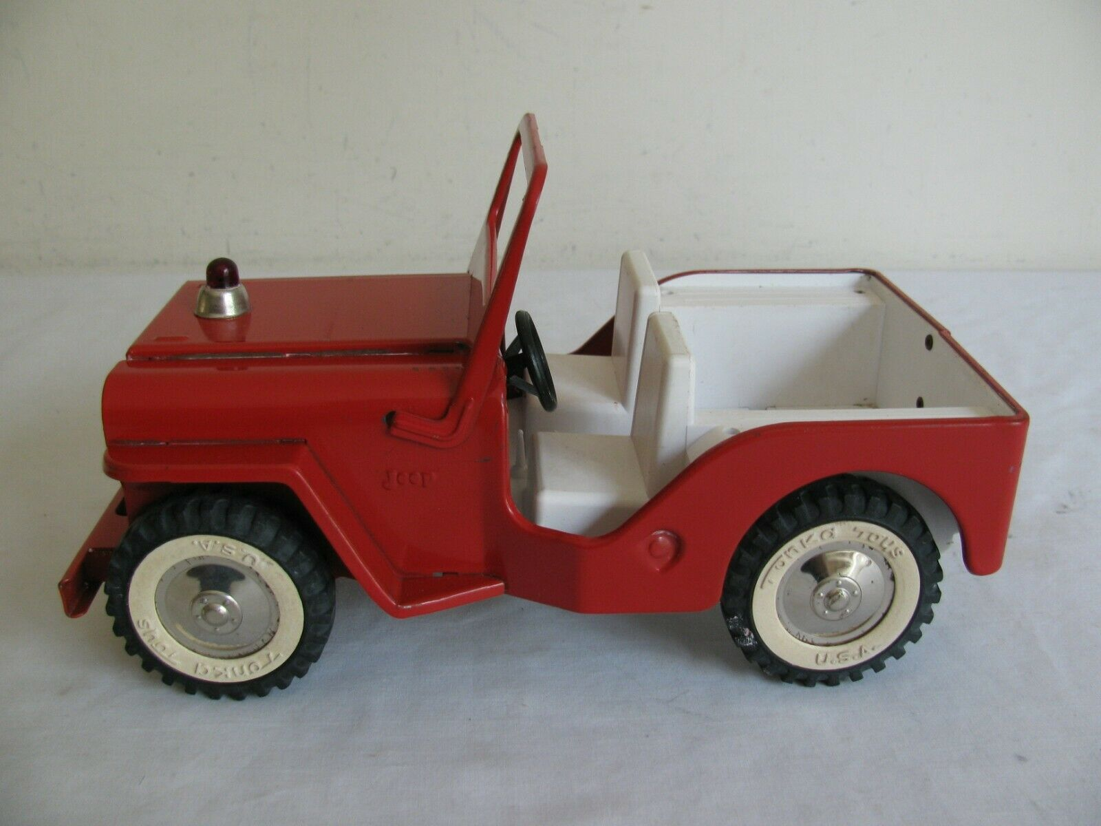 Vintage 1960s Tonka Toys Willy's Jeep Pumper Fire Truck  425 VG