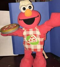 Fisher Price Sesame Street Animated Singing Pizza Elmo Sounds  Plush 2006 Talks