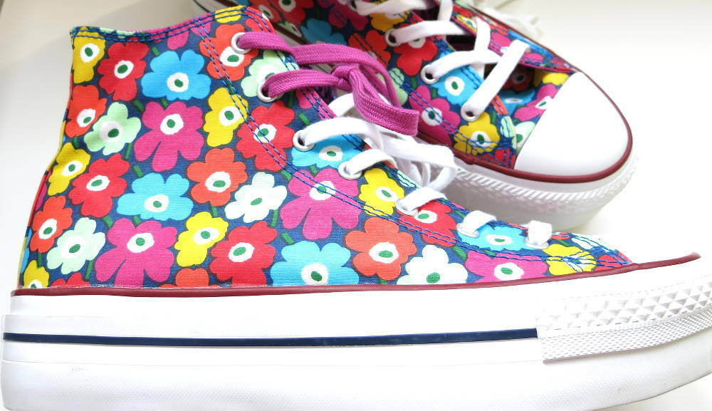 Converse Chucks All Hi Star Hi All Marimekko Blumenmuster 139964C 2bdf44