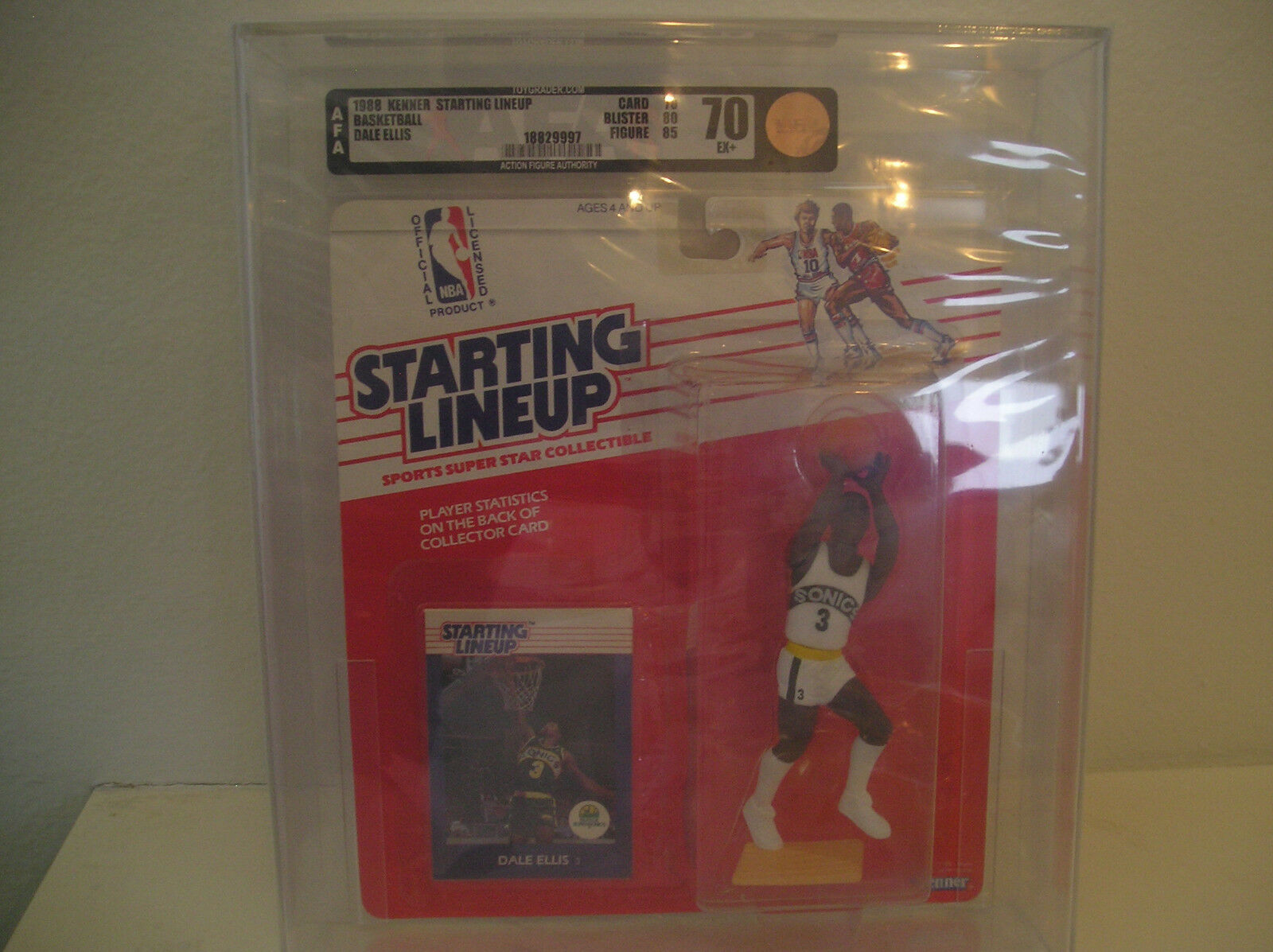 Nuovo 1988 KENNER KENNER KENNER SLU NBA SEATTLE SUPERSONICS DALE ELLIS ROOKIE autoD SEALED AFA 70 4ff585