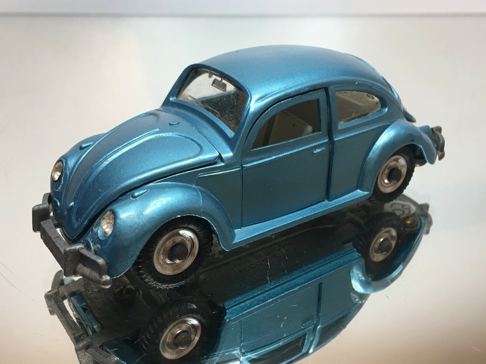 DINKY TOYS 129 129 129 VW VOLKSWAGEN BEETLE 1300 - azul 1 43 - GOOD CONDITION d255cc