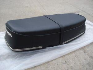 HONDA TOURING C200 CA200 C201 COMPLETE SEAT ASSY U