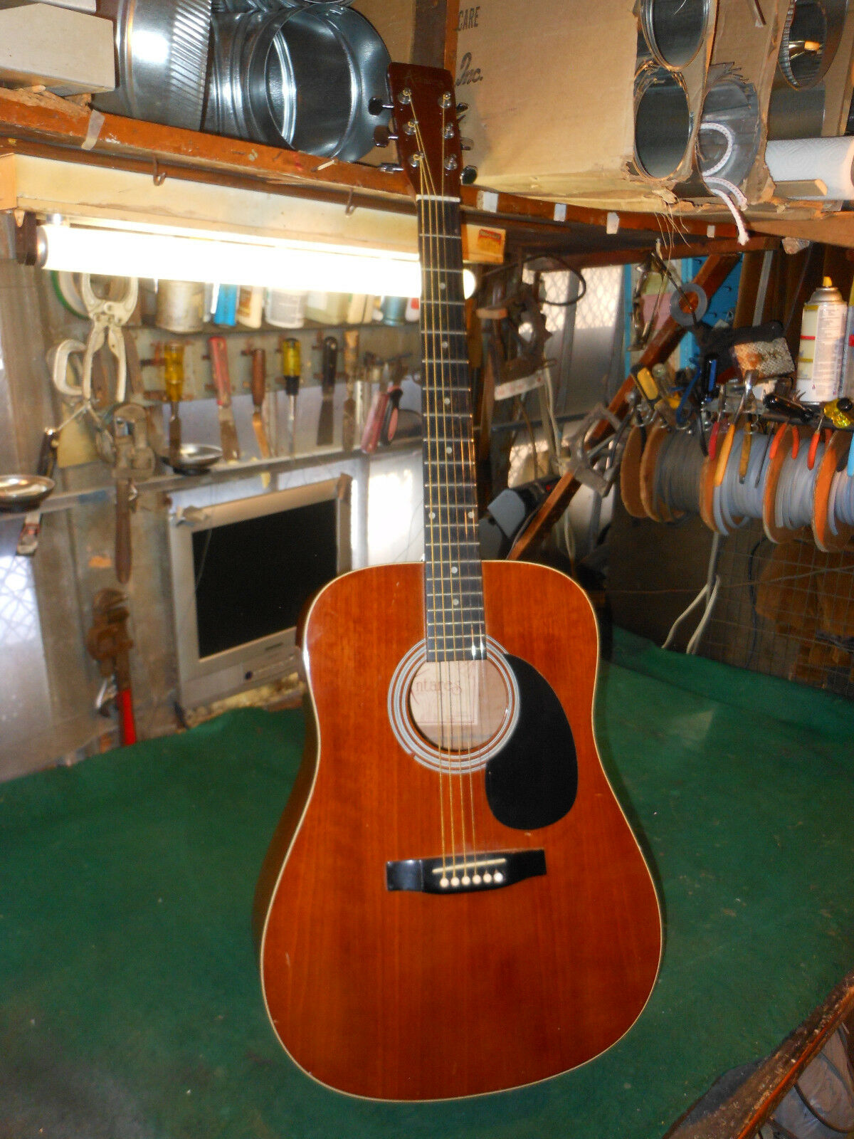 ANTARES DX-24 ACOUSTIC GUITAR Plays and sounds good. needs TLC..