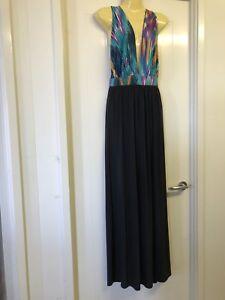 BooHoo-Size-12-Black-Colorful-Low-Plunge-V-Neck-Full-Length-Maxi-Dress-898