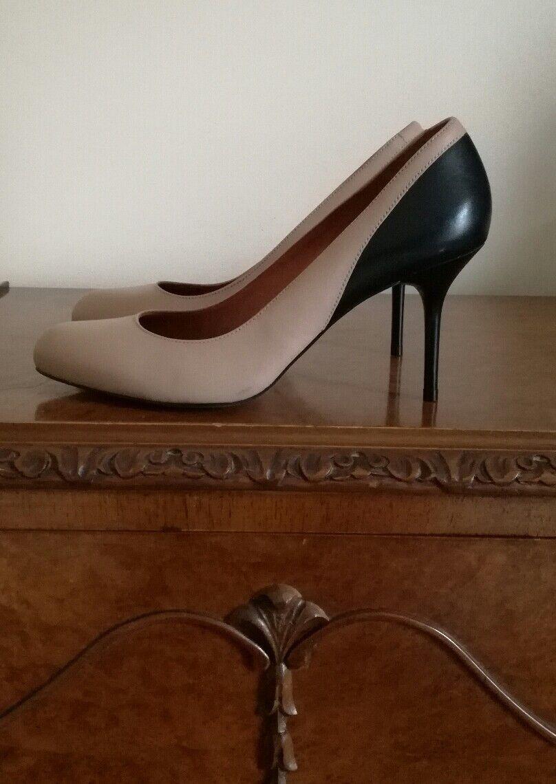 ERAM Beige en Cuir Noir Cour Chaussures Talons UK6 EU39 Nouveau Fabuleux