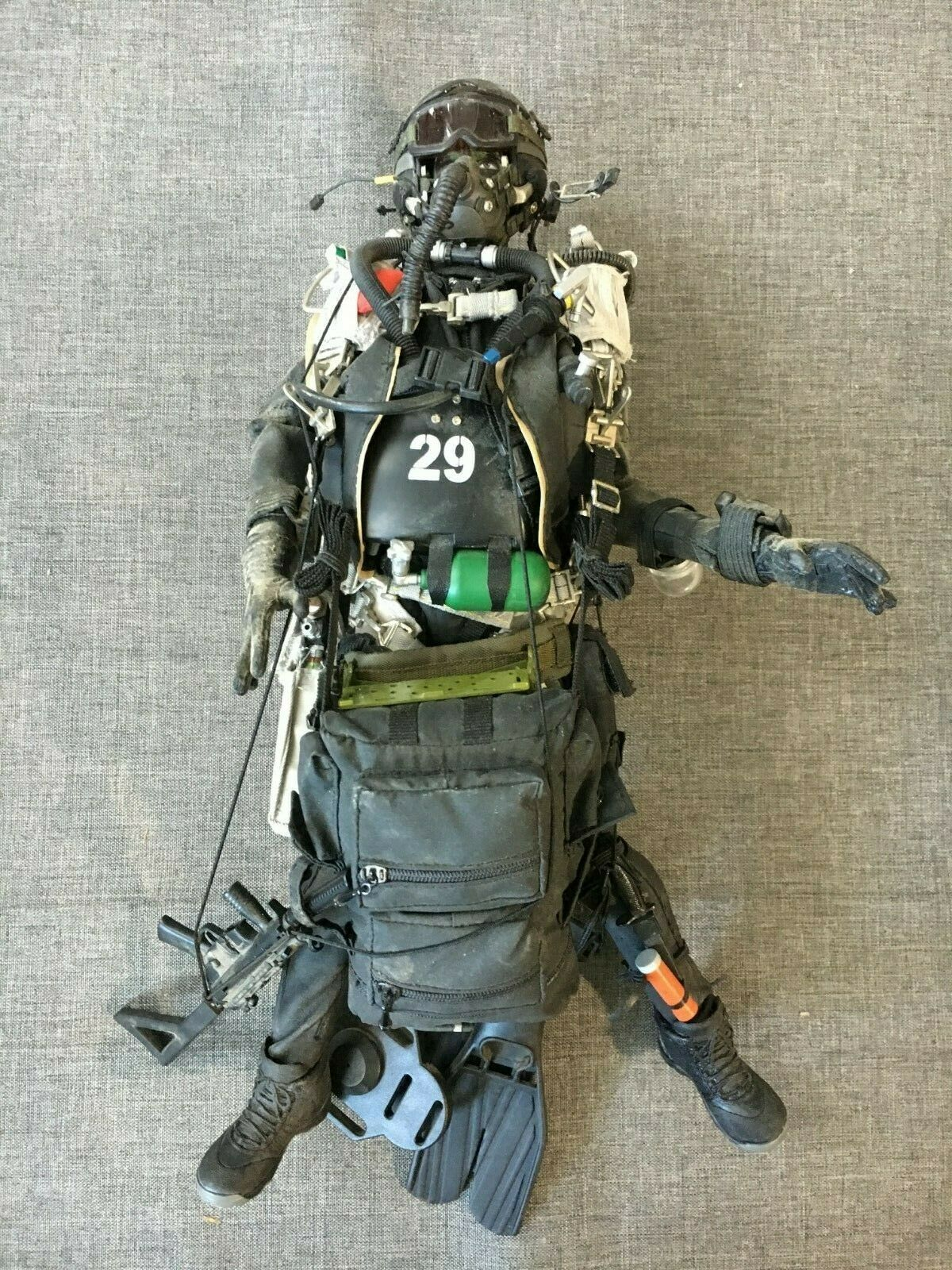Hot Toys 12  1 6 Scale US Navy Seal UDT Team Exclusive Action Figure NHL-9 Used